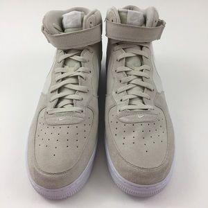lowest price 4a20e 28fd2 Nike Shoes - Nike Air Force 1 Mid 07 315123-034